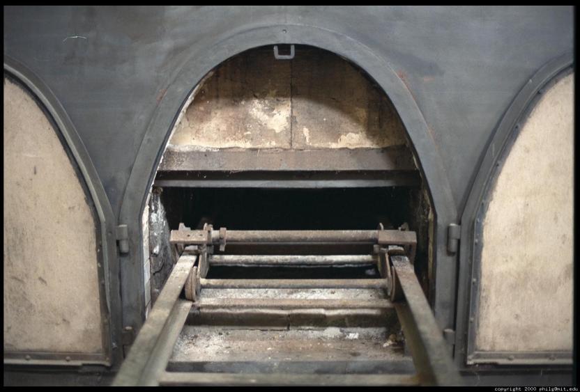 terezin-crematorium-oven-61.4